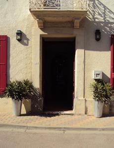 Les Chambres des Dames - Main door
