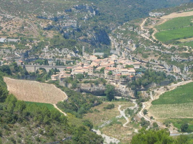 Visit the village of Minerve