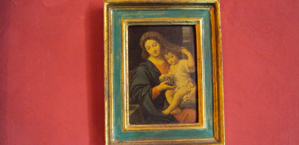 Chambre Artemisia Gentileschi - miniature - vierge à l'enfant - peinture murale à la chaux