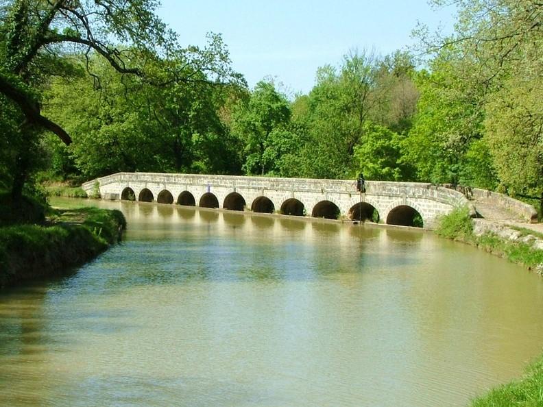 Le Canal du Midi et la rivière Argent-Double